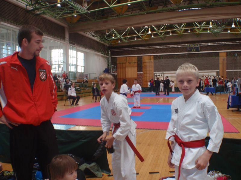 upoznavanje s karate instruktorom web stranice za upoznavanje trinidada i tobaga